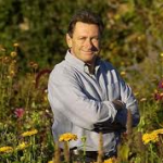 Enjoy Celebrity Radio's Alan Titchmarsh Autobiography Interview…. Alan Titchmarsh is one of Britain's top TV presenters and authors. He's just released his new book and […]