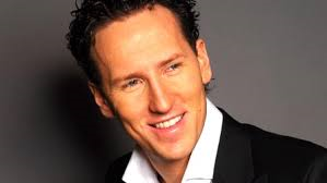 Enjoy Celebrity Radio' s Brendan Cole Life Story Interview… The Star of the BBC's 'Strictly Come Dancing' talks to Belfield about his life and career. […]