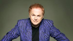 Enjoy Celebrity Radio's Mike Batt Exclusive Life Story Interview ~ Bright Eyes….. Mike is one of the UK's greatest composers! He's written for the Wombles, […]
