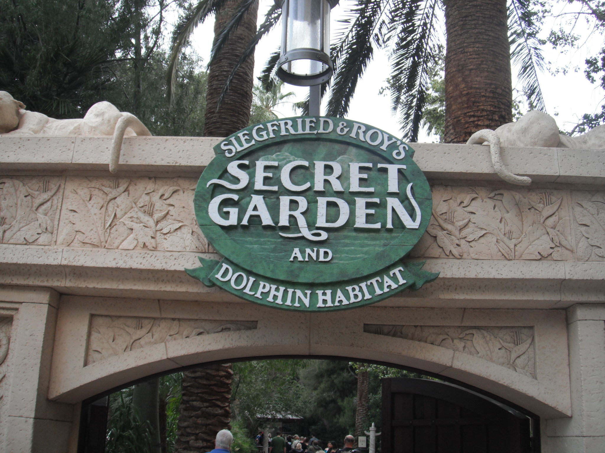 Siegfried And Roys Secret Garden Dolphin Habitat Mirage Vegas Celebrity Radio By Alex Belfield