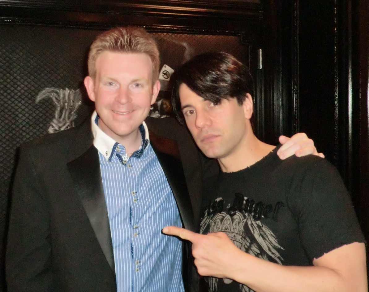 Celebrity Radio's Criss Angel Life Story Interview ~ Believe Las Vegas…. Criss Angel is the magician of the century in Belfield's book! His high energy, […]