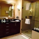 MGM Signature review bathroom 4