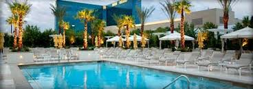 MGM Signature review pool 2