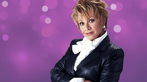 Enjoy Celebrity Radio's Elaine Paige Interview ~ 40 Minute Life Story….. In 2014 Elaine Paige celebrates 50 years in Show Business. Ms. Paige is Britain's […]