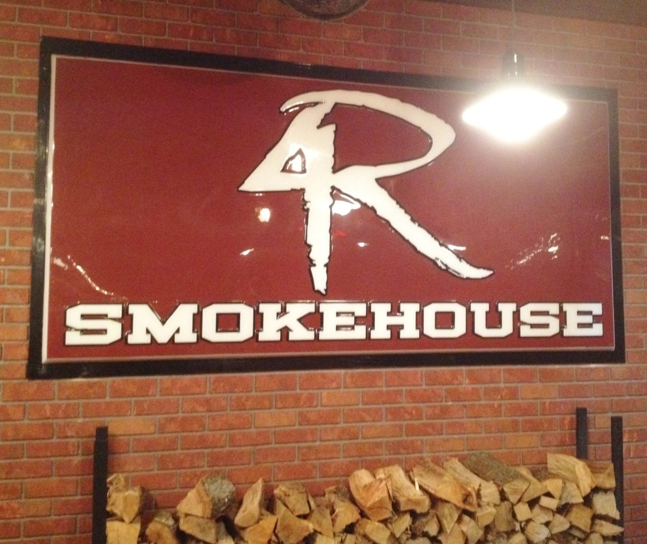 Enjoy Celebrity Radio's 4 Rivers Smokehouse Orlando Review…… 4 Rivers Smokehouse is one of the most popular restaurants in Florida with people cueing around the […]