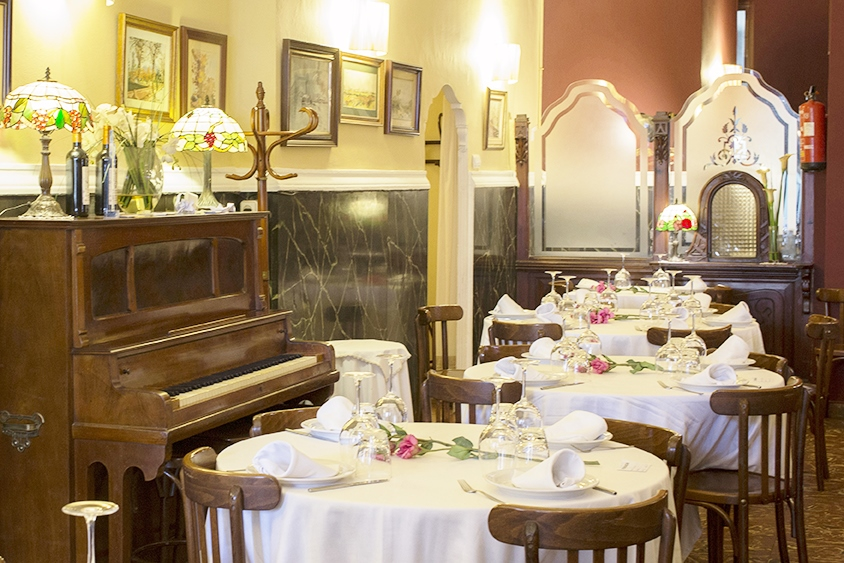 Enjoy our Restaurante El Encuentro Valencia Review. This is one of the most traditional Spanish restaurants in the area. Set in a gorgeous sophisticated room, […]