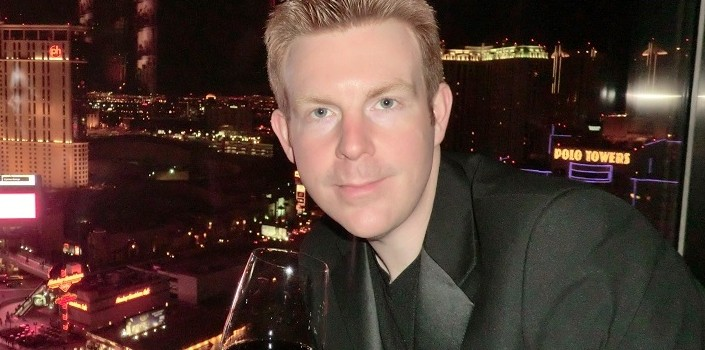 Alex Belfield is a Broadcaster, Musician, Comedian and Entertainer from Nottingham. Email – alex @alexbelfield.co.uk In 2014 Alex celebrates 20 years in Radio, Live Entertainment, PR & Show Business. Double Click
