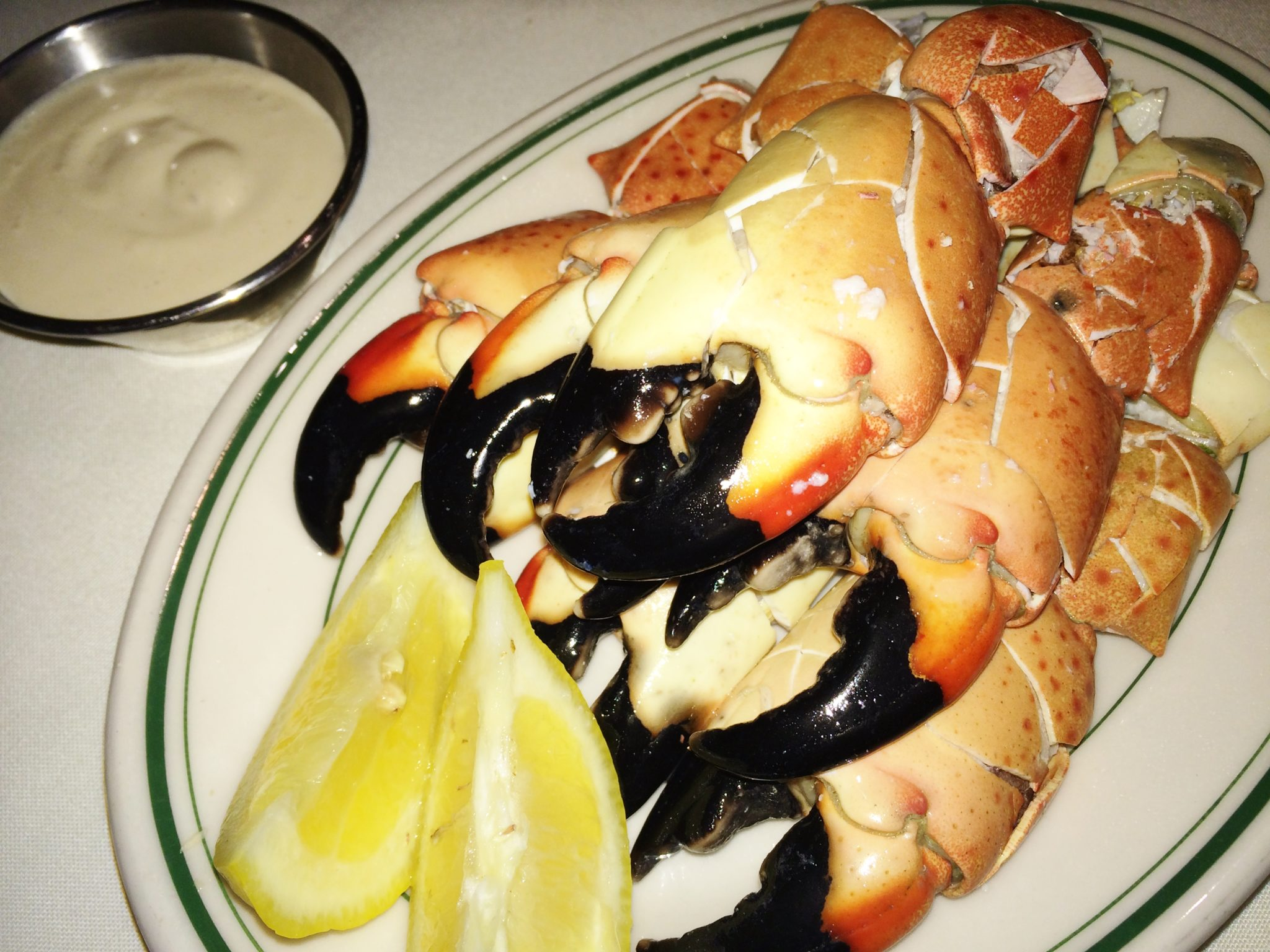 Enjoy Celebrity Radio's Exclusive review at Joe's Prime Steak & Stone Crab Forum Shops Las Vegas…. Alex always loves to visit Joe's at Caesars Forum […]