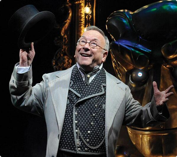 Sam Kelly RIP Wicked The Musical Interview