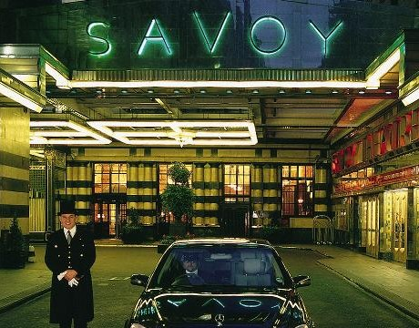 Enjoy Celebrity Radio's Savoy Grill Hotel Restaurant Review London…. This is Belfield's favourite Gordon Ramsay restaurant. It's cool, modern, relaxed, comfortable, the food is tremendous […]