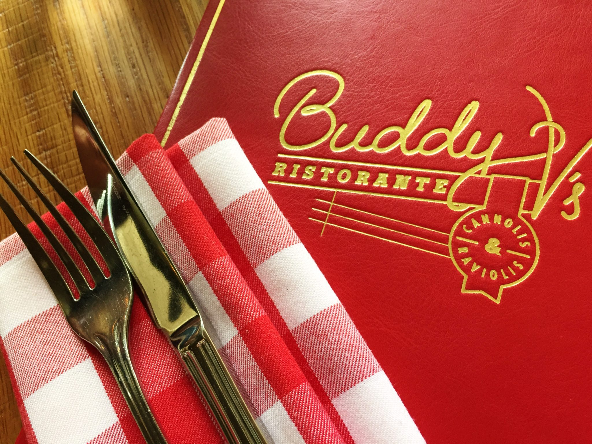 Review Buddy V's @ Venetian Las Vegas….. Buddy V's Ristorante is one of the most relaxed, fun & exciting restaurants in Las Vegas. The menu […]
