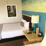 Downtown Grand Hotel Bedroom Review  (2)
