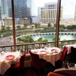 Review Eiffel Tower Restaurant Las Vegas