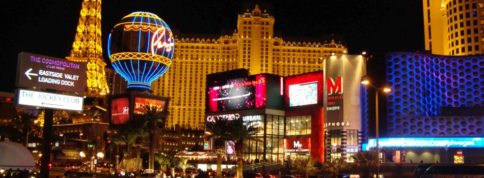 Enjoy Celebrity Radio's 2016 Las Vegas Top Ten List EXCLUSIVE Reviews….. In May 2015 Celebrity Radio spent the month in Sin City finding you the best shows, restaurants and properties