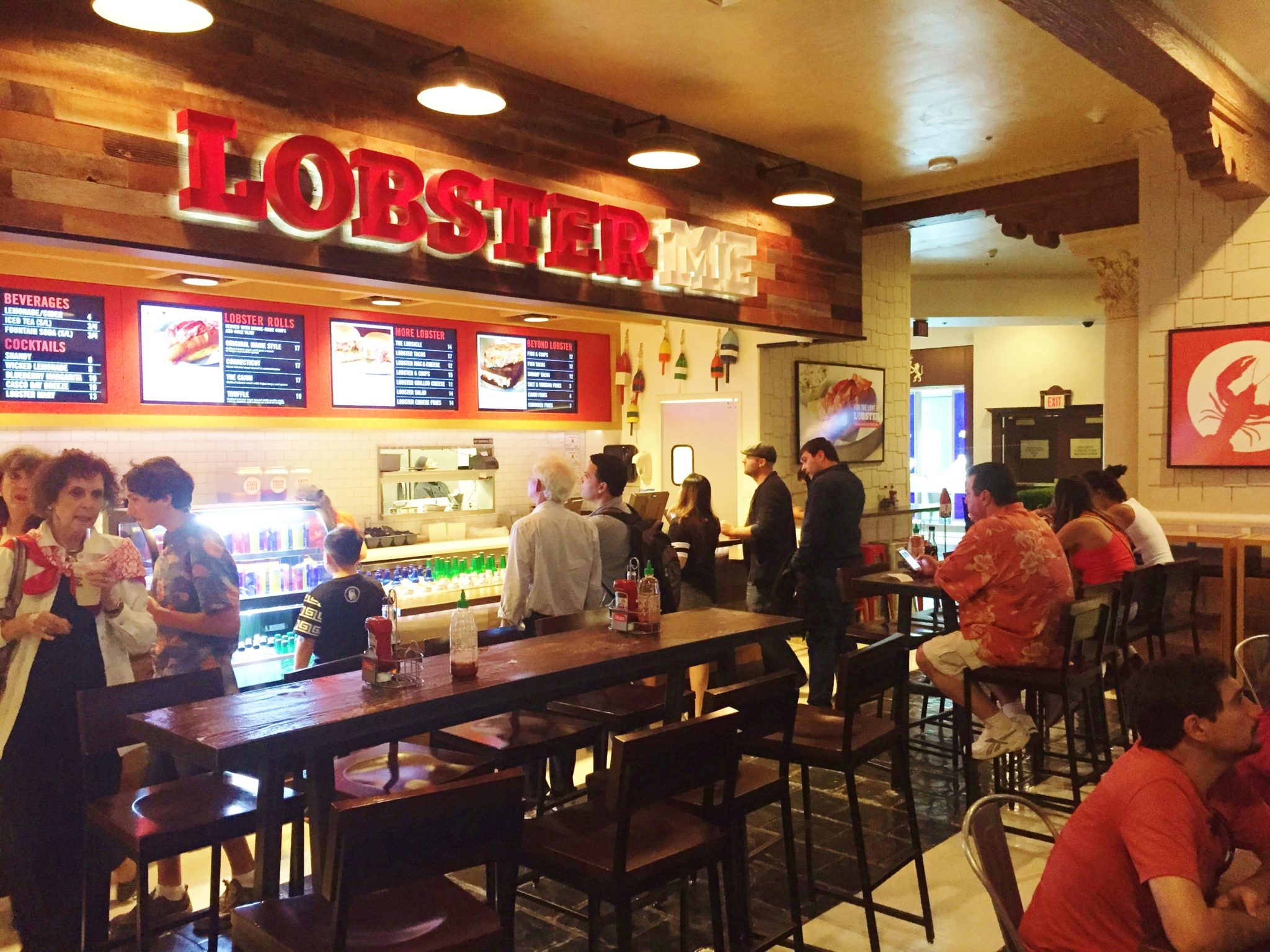 Lobster ME Review Las Vegas - Celebrity Radio By Alex Belfield