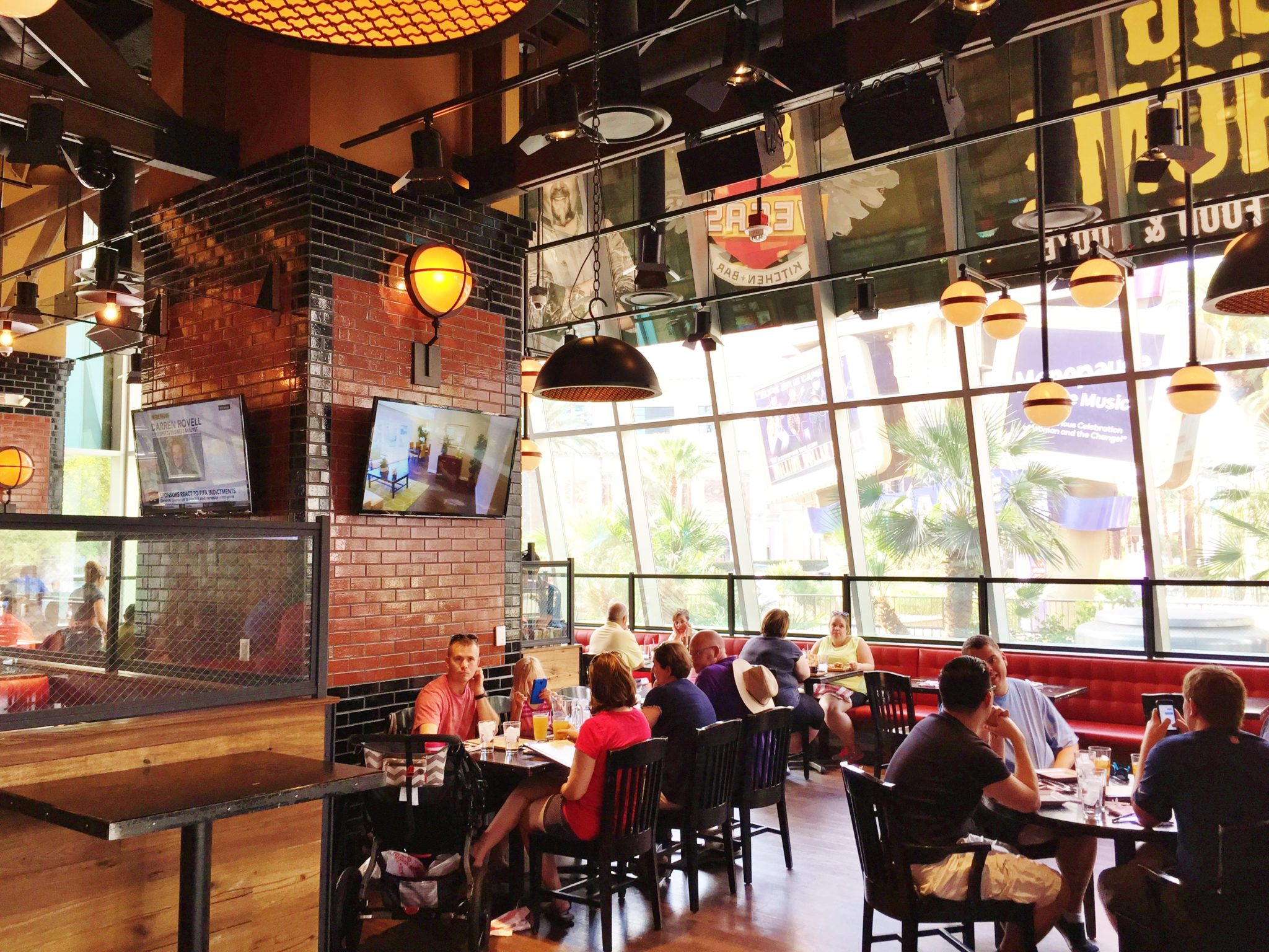 fieri s linq las vegas kitchen bar review 2015