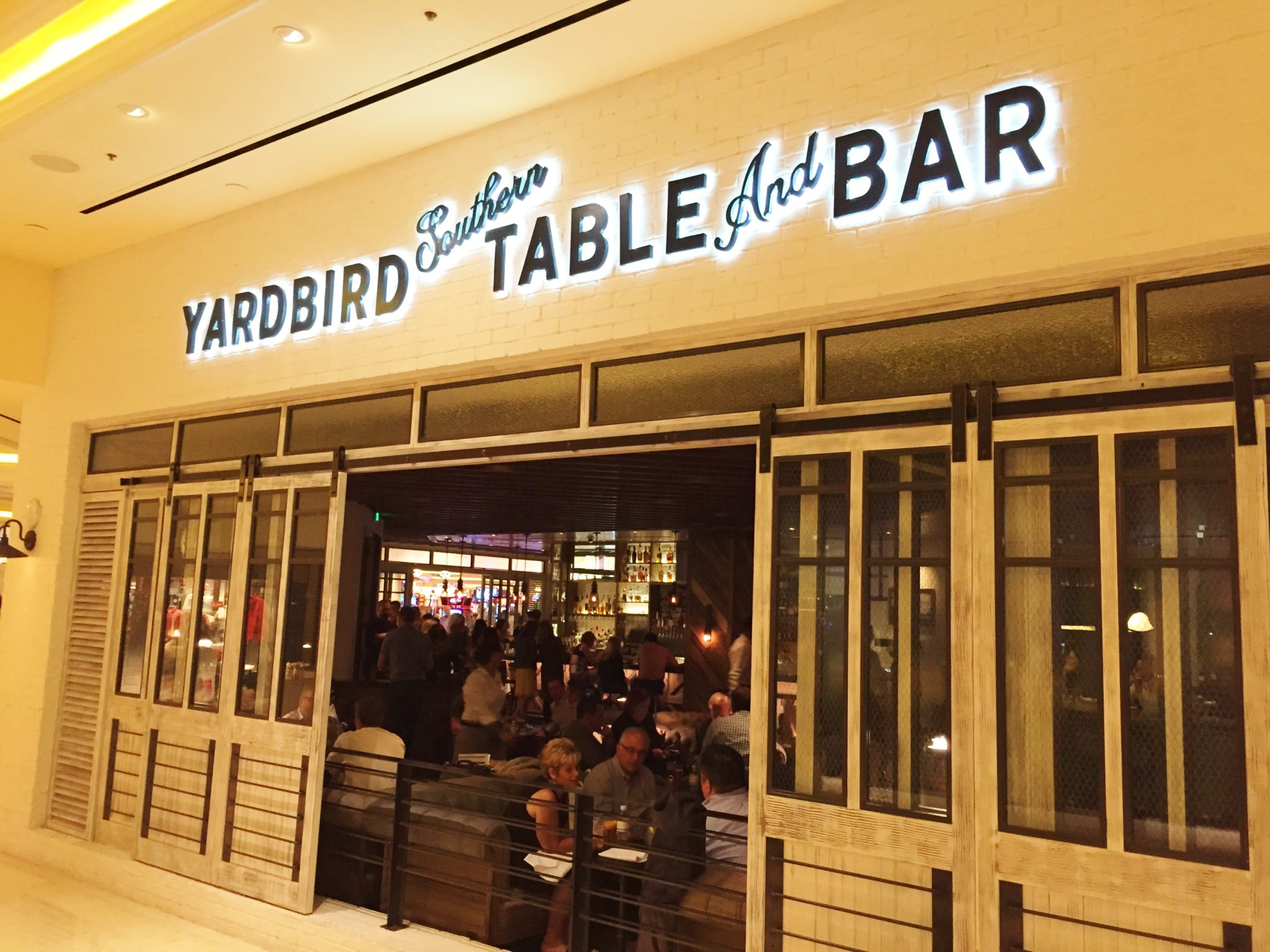 Enjoy Celebrity Radio's Yardbird Southern Table & Bar Review Venetian Las Vegas…. Everyone knowsUS Southern cuisine is arguably the most authentic, exciting and delicious in […]