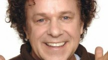Enjoy Celebrity Radio's Leo Sayer Life Story Interview…… Leo Sayer is one of the most successful and ever-popular singers of his generation. With hits including 'You Make Me Feel Like Dancing',