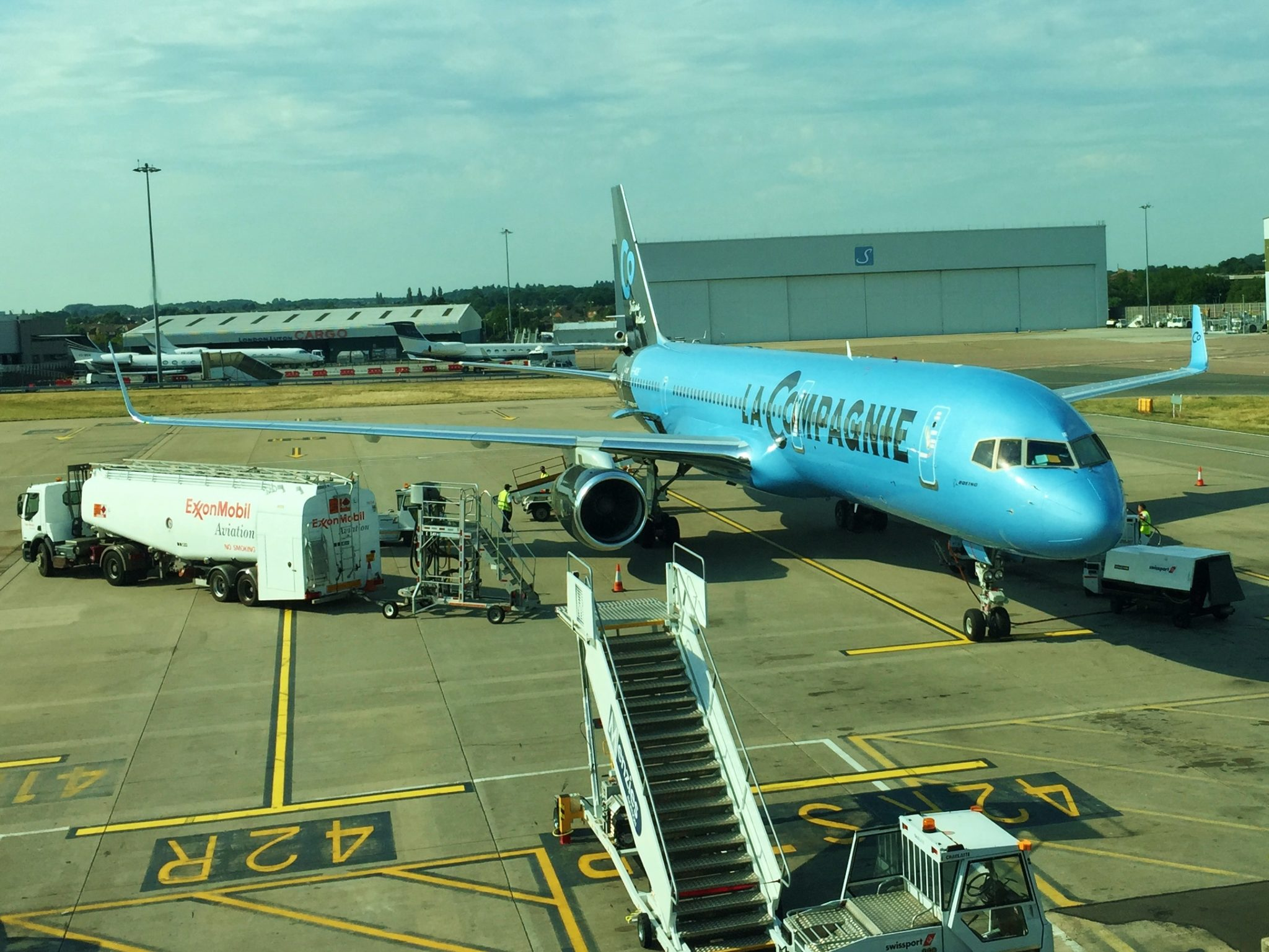 Review la compagnie airlines paris london new york for Flights from paris to new york