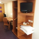 Review Premier Inn Bedroom (1)