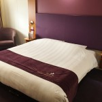 Review Premier Inn Bedroom (3)