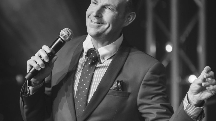Enjoy Alex Belfield At Christmas…… It's the most wonderful time of the year! In December 2013 Alex Belfield performed over 50 shows of his Christmas tour. […]