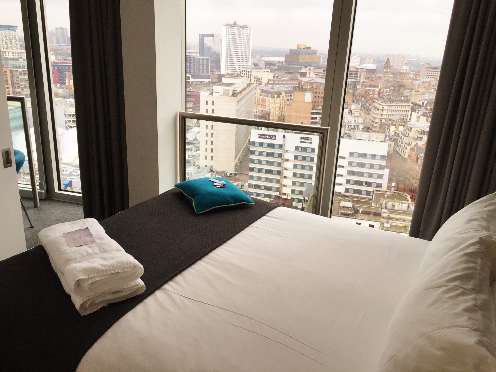 Staying Cool Apartments Birmingham Review One Bedroom ...