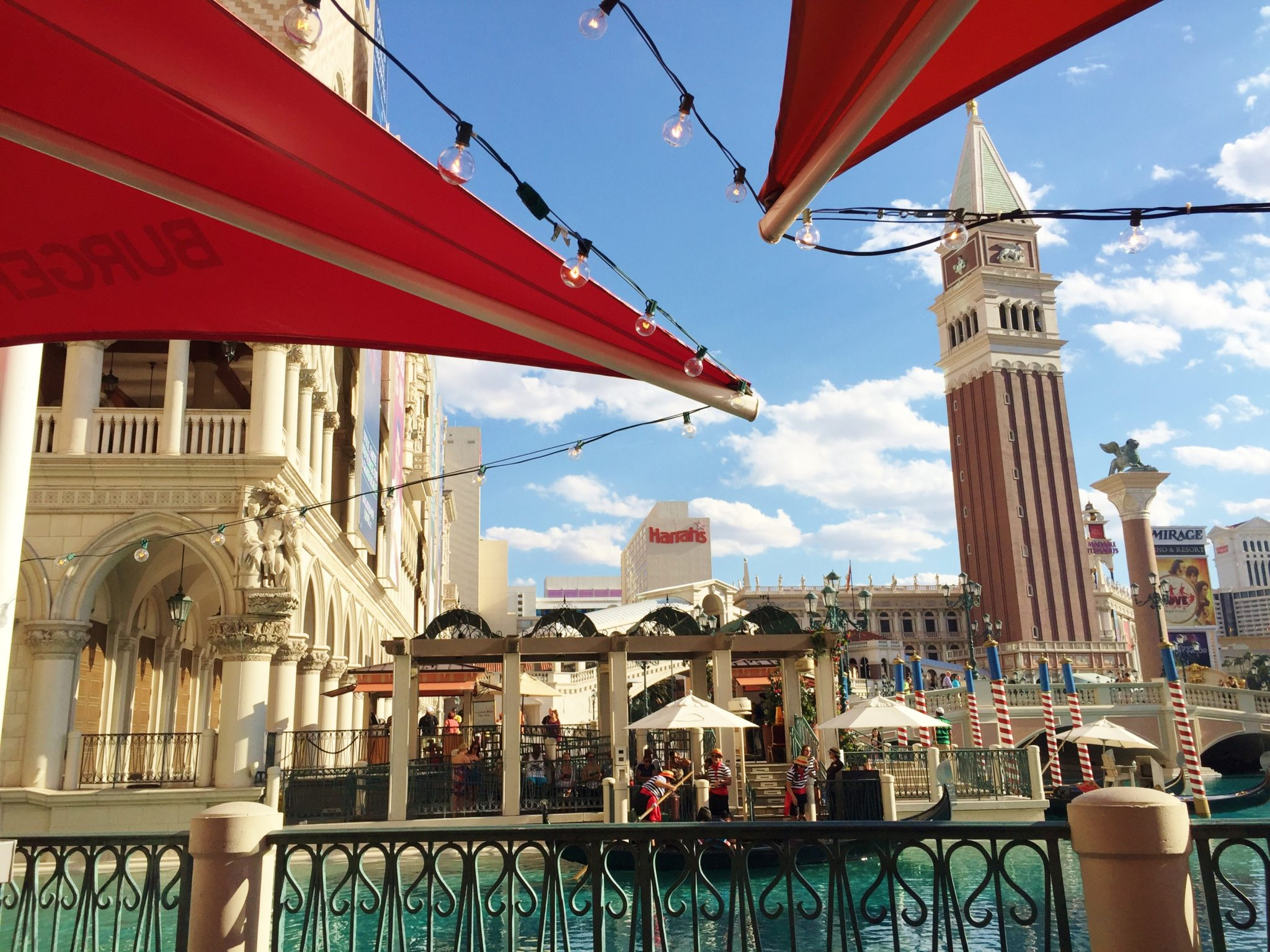 Enjoy Celebrity Radio's Best Burger Las Vegas 2016 B&B Mario Batali Venetian…. Set in the worlds biggest hotel, The Venetian Hotel & Casino – Burger […]