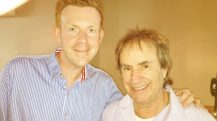 Enjoy Celebrity Radio's Interview Chris de Burgh 2016 New Album A Better World…. On June 1st 2016, Chris de Burgh saw the 30th anniversary of the release his album 'Into The Light'.
