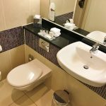 review-midland-hotel-manchester bathroom