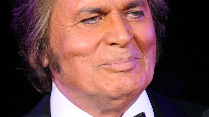 "Enjoy Celebrity Radio's Engelbert Humperdinck Interview… Engelbert Humperdinck is the world renowned English pop singer most famous for""Release Me"" and ""The Last Waltz"" both topped […]"
