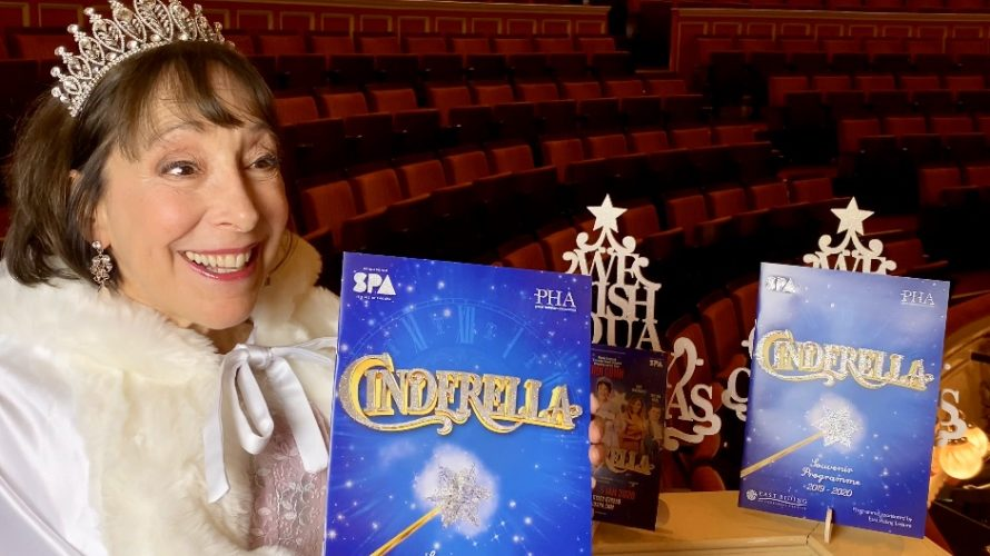 Enjoy Celebrity Radio's Didi Conn INTERVIEW CINDERELLA Bridlington Spa… You're all invited to the Ball at Brid this Christmas and it's a corker! Starring Grease […]